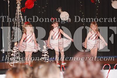 McCance Dance Xmas Recital 12-20-06 030