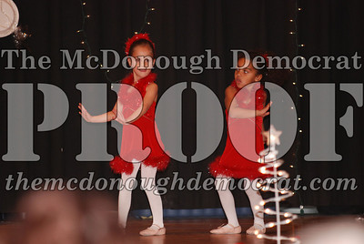 McCance Dance Xmas Recital 12-20-06 048
