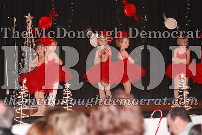 McCance Dance Xmas Recital 12-20-06 022