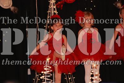 McCance Dance Xmas Recital 12-20-06 025