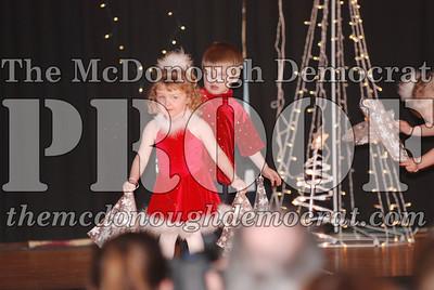 McCance Dance Xmas Recital 12-20-06 031