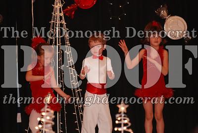 McCance Dance Xmas Recital 12-20-06 049