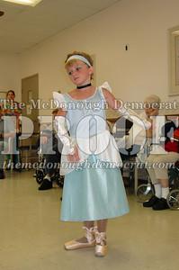 McCance Dancers Perform at PC Nursing Home 08-16-06 024