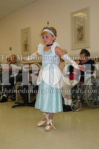 McCance Dancers Perform at PC Nursing Home 08-16-06 022