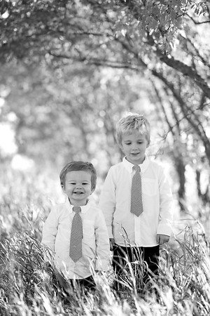 02bw Jacob+Wyatt | Nicole Marie Photography