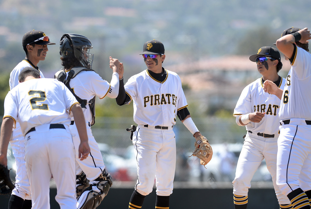 . San Pedro takes the field to begin a first round game of Los Angeles City Section Division 1 baseball playoffs against University Tuesday, May 16, 2017, San Pedro, CA. (Photo by Steve McCrank, Daily Breeze/SCNG)