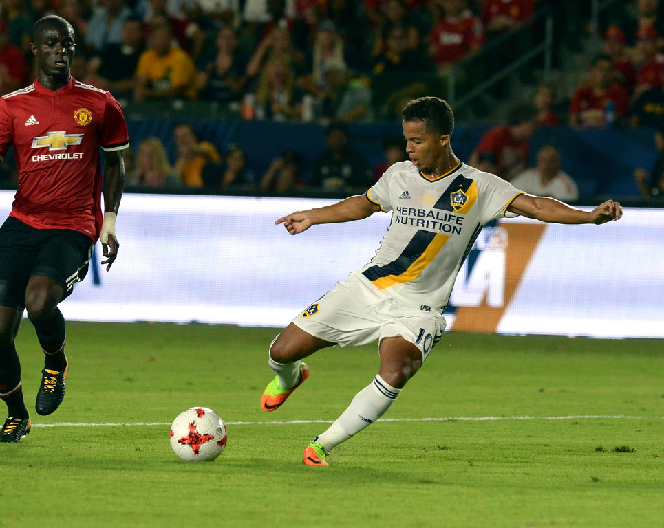 . LA Galaxy\'s Giovani dos Santos (10) puts the ball in the goal on Manchester United in an international friendly soccer game at the StubHub Center Saturday, July 15, 2017, Carson, CA.  Manchester won 5-2. (Photo by Steve McCrank, Daily Breeze/SCNG)
