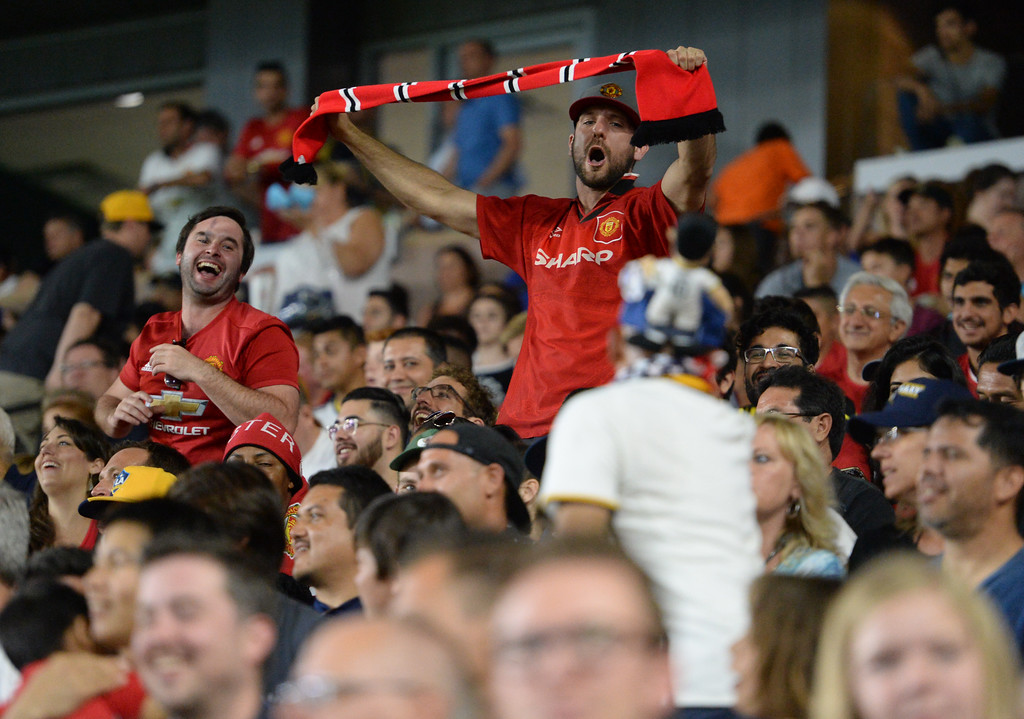 . LA Galaxy fans and Manchester United fans jeer each other during an international friendly soccer game at the StubHub Center Saturday, July 15, 2017, Carson, CA.  Manchester won 5-2. (Photo by Steve McCrank, Daily Breeze/SCNG)