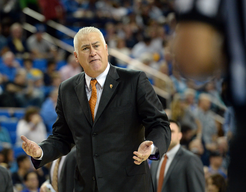 . Oregon State\'s coach Wayne Tinkle argues a call with the refs in a PAC-12 men\'s basketball game against UCLA at Pauley Pavilion Sunday, February 12, 2017, Westwood, CA.  UCLA won 78-60. UCLA BRUINS vs. OREGON STATE BEAVERS Photo by Steve McCrank, Daily Breeze/SCNG