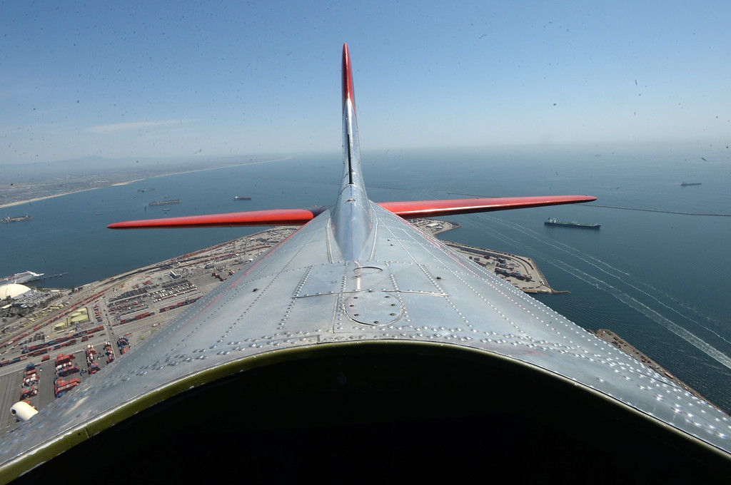 . The Liberty Foundation is bringing the WWII era B-17 bomber aircraft to the Long Beach Daugherty Field Airport for it\'s 2017 Salute to Veterans tour Monday, April 10, 2017, Long Beach.   The public can buy flights on the airplane Saturday and Sunday April 15-16, or take a ground tour for free.  Looking out the top of the aircraft towards the tail while in flight. (Photo by Steve McCrank, Press Telegram/SCNG)