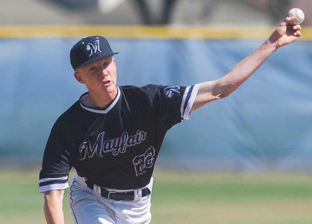 . Mayfair�s Landon Anderson(22) pitches to  La Mirada in a Suburban League game in Lakewood May 3, 2017. Mayfair went on to win the game 4-0 over La Mirada. (Photo by Thomas R. Cordova, Press-Telegram/SCNG)