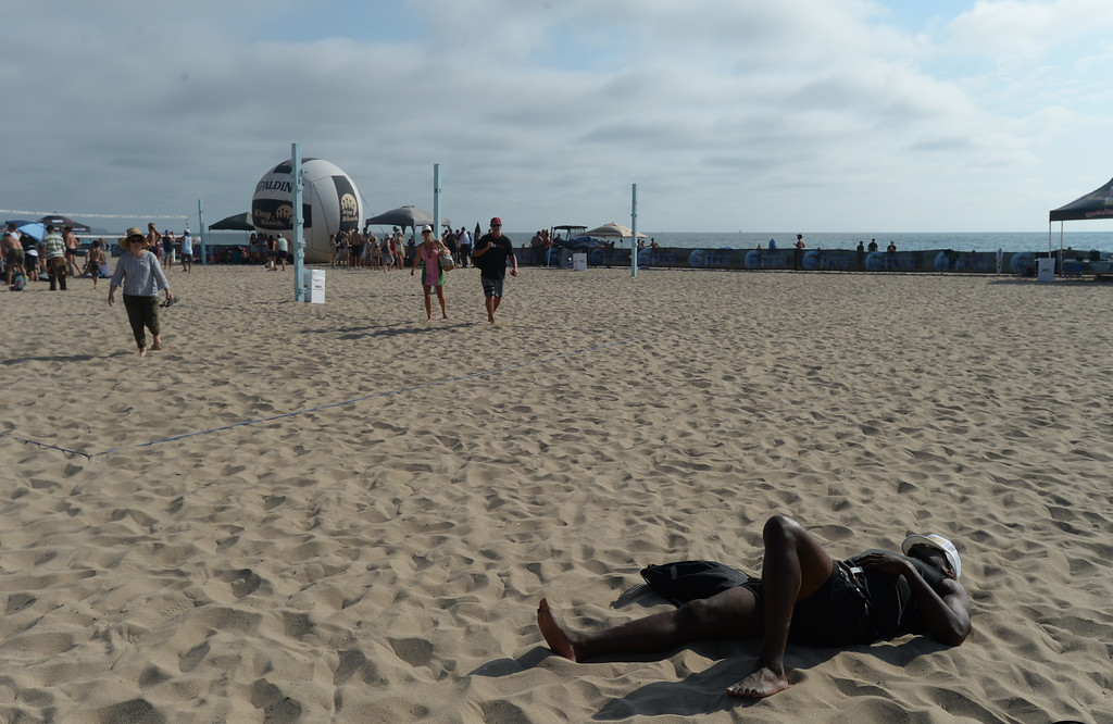 . For some, the Charlie Saikley 6-Man Beach Volleyball tournament is a long two days on the sand. Saturday, August 05, 2017, Manhattan Beach, CA.  Team Fletch won the men\'s open competition and Horny Unicorny won the women\'s. (Photo by Steve McCrank, Daily Breeze/SCNG)