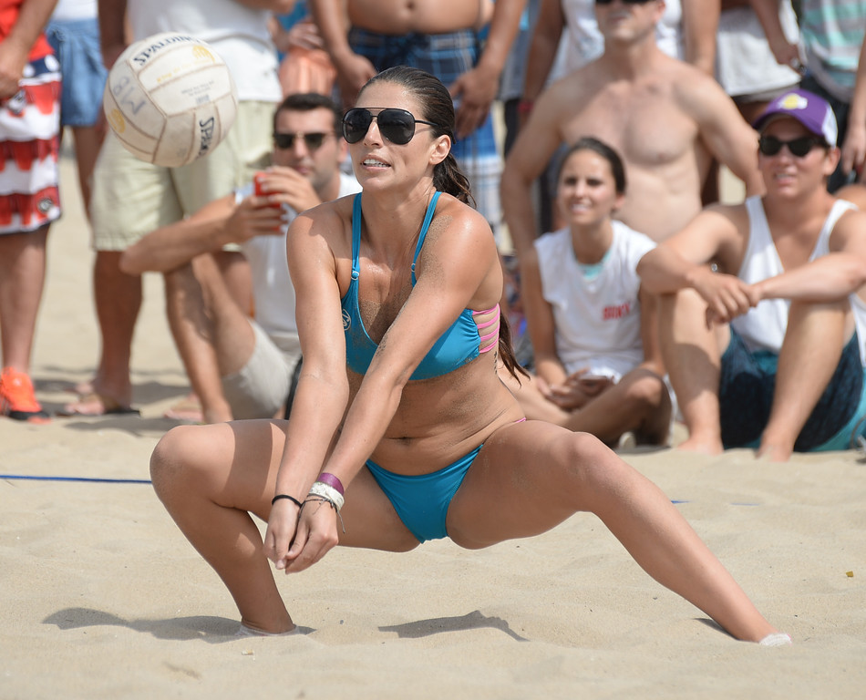 . Team Horny Unicorny makes a dig in the finals of the Charlie Saikley 6-Man Beach Volleyball tournament Saturday, August 05, 2017, Manhattan Beach, CA.  Team Fletch won the men\'s open competition and Horny Unicorny won the women\'s. (Photo by Steve McCrank, Daily Breeze/SCNG)
