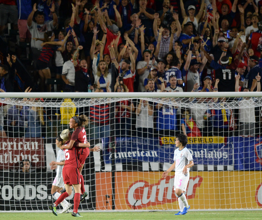 . USA\'s Megan Rapinoe (15) hoists Mallory Pugh (22) after Pugh scored on Japan in the final women\'s soccer game of the Tournament of Nations at the StubHub Center Thursday, August 03, 2017, Carson, CA.  USA won 3-0, but Australia took the tournament title. (Photo by Steve McCrank, Daily Breeze/SCNG)