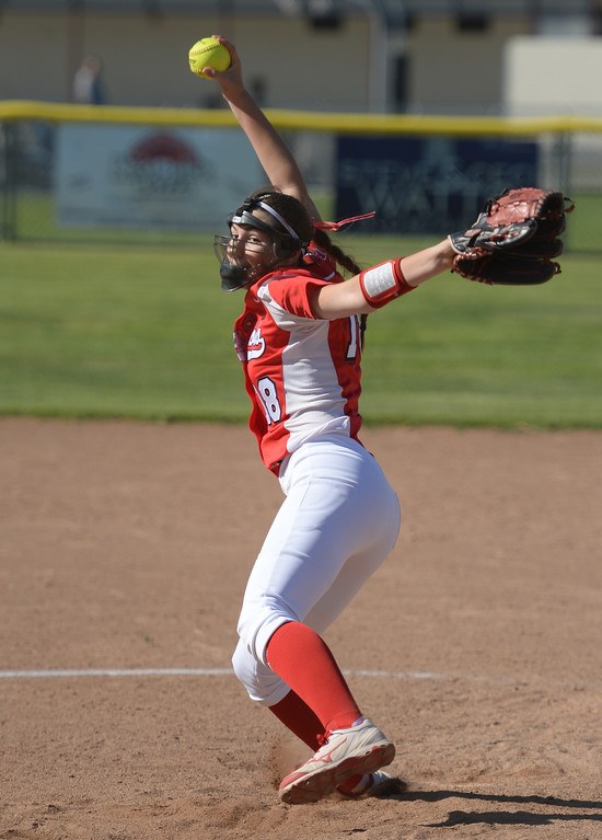 . Pitcher Redondo\'s Amy Simonek (18) takes over on the mound against Peninsula in a Bay League softball game Wednesday, April 19, 2017, Rolling Hills Estates. (Photo by Steve McCrank, Daily Breeze/SCNG)