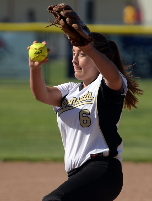 . Peninsula\'s Madison Denton (6) delivers a pitch to Redondo in a Bay League softball game Wednesday, April 19, 2017, Rolling Hills Estates. (Photo by Steve McCrank, Daily Breeze/SCNG)