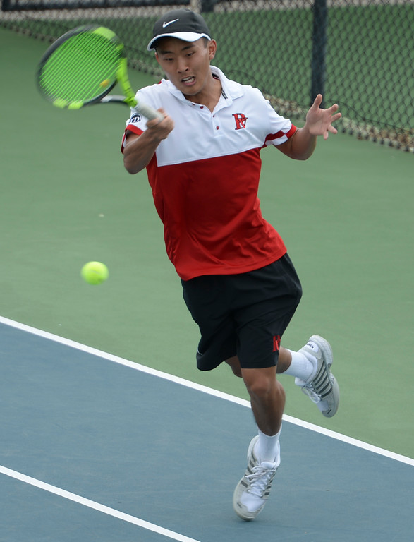 . Palos Verdes\' Eric Chung makes a play from the side of the court on Mira Costa in the number 2 singles of a Bay League tennis match Tuesday, April 18, 2017, Palos Verdes Estates. (Photo by Steve McCrank, Daily Breeze/SCNG)