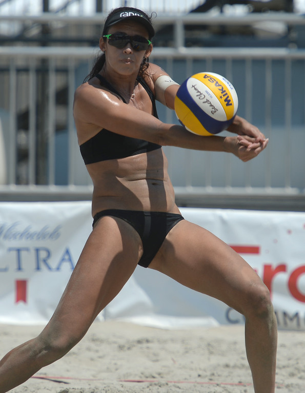. Brazilians Talita Antunes makes easy work of a serve from Germany in quarterfinals of World Series of Beach Volleyball Friday, July 14, 2017, Long Beach, CA.   (Photo by Steve McCrank, Daily Breeze/SCNG)