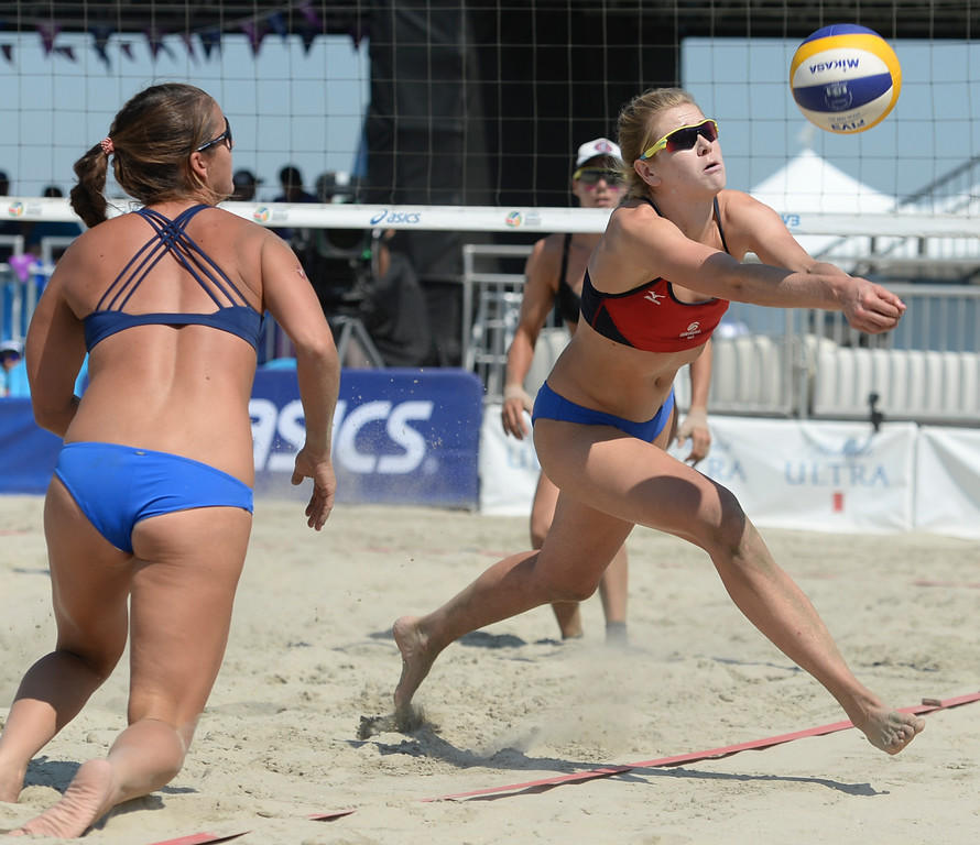 . Summer Ross chases the ball off court to save a play in quarterfinals of the World Series of Beach Volleyball Friday, July 14, 2017, Long Beach, CA.  April Ross and Lauren Fendrick defeated Summer Ross and Brooke Sweat in two sets. (Photo by Steve McCrank, Daily Breeze/SCNG)