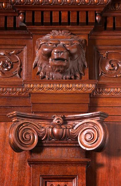 courtroom lion_03_9.75