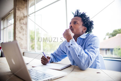 UmuziStock_Me_andmy_Laptop_103.jpg