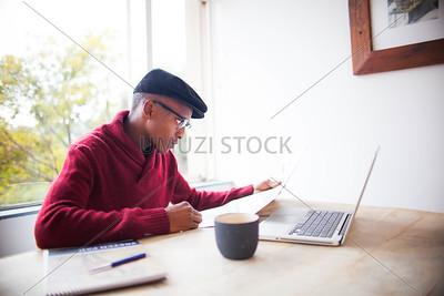 UmuziStock_Me_andmy_Laptop_110.jpg
