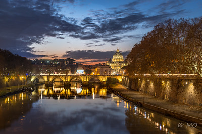 Tiber by night