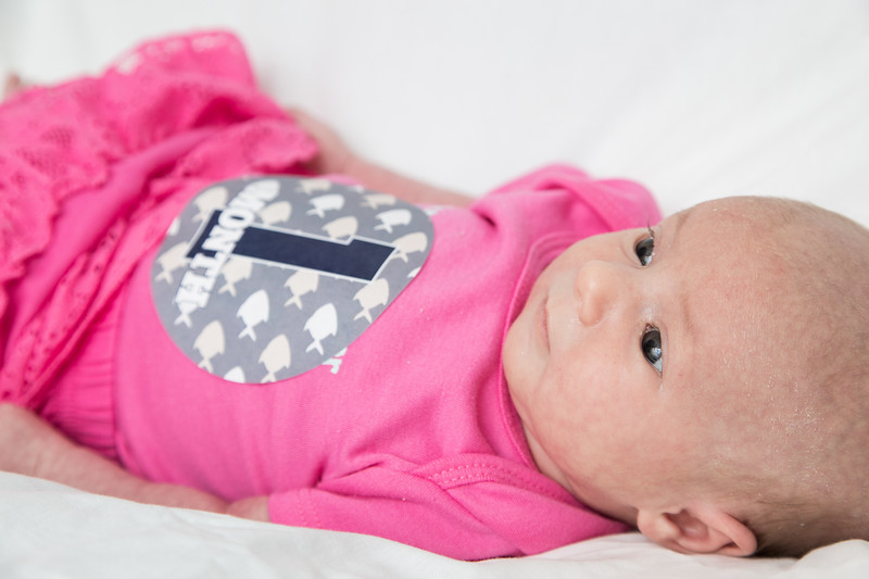 Taylor_Lynn_One_Month_Old_00007