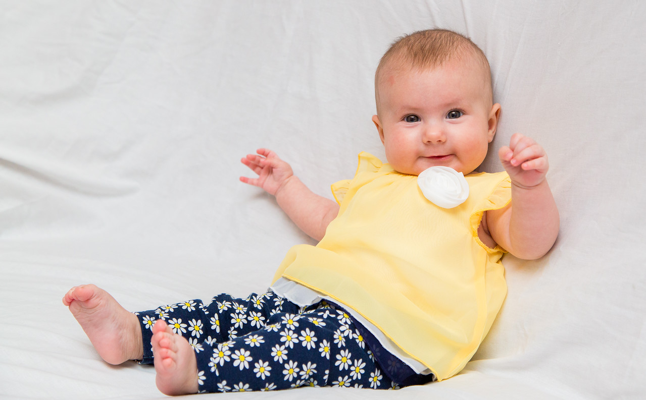 Taylor_Lynn_Four_Month_Old_00057