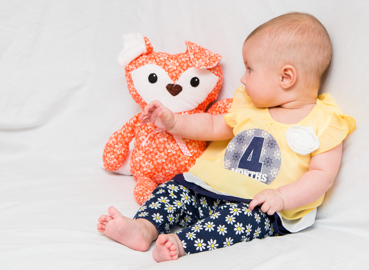 Taylor_Lynn_Four_Month_Old_00063