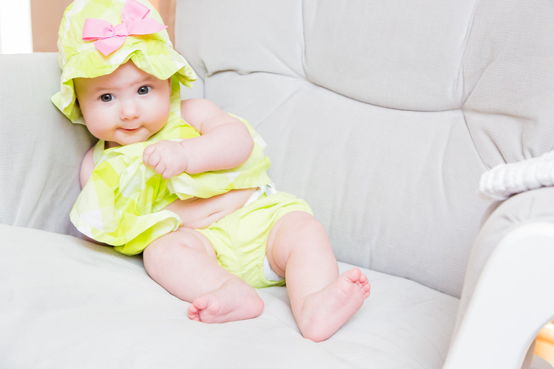 Taylor_Lynn_Four_Month_Old_00078
