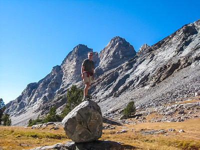 We have some fun on that boulder in the meadow below Handwerk Peak. [Terry Patterson photo]