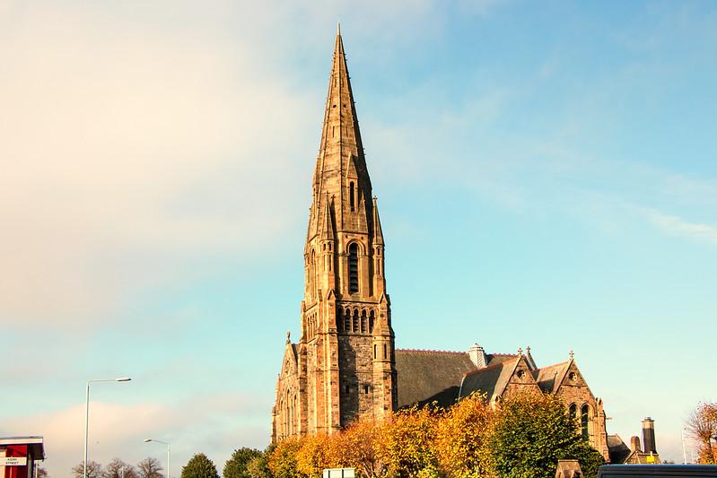 St James Church Paisley.jpg