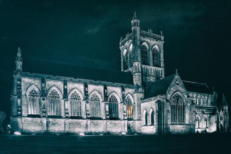 Paisley Abbey Night Shot.jpg