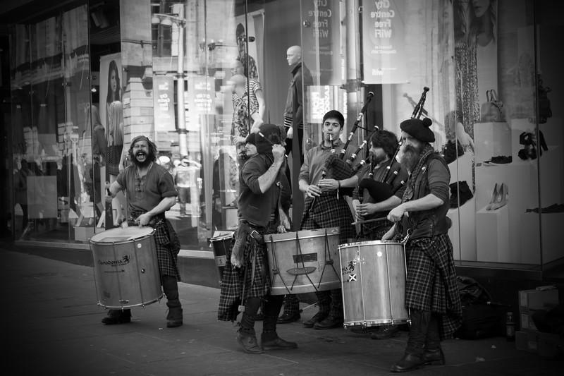 Street Entertainers Scottish Style S.jpg
