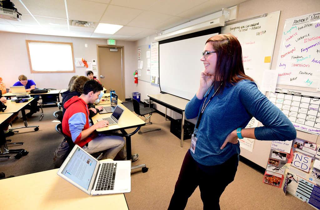 . Mead High School Teacher Jamie Hedlun talks about the style of a story during Newspaper Class in Mead, Colorado on Oct. 5, 2017.  (Photo by Matthew Jonas/Times-Call)