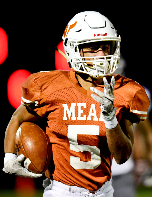 . Mead High School\'s Dominic Esters (No. 5) runs in for a touchdown against Roosevelt High School in Mead, Colorado on Oct. 6, 2017.  (Photo by Matthew Jonas/Times-Call)