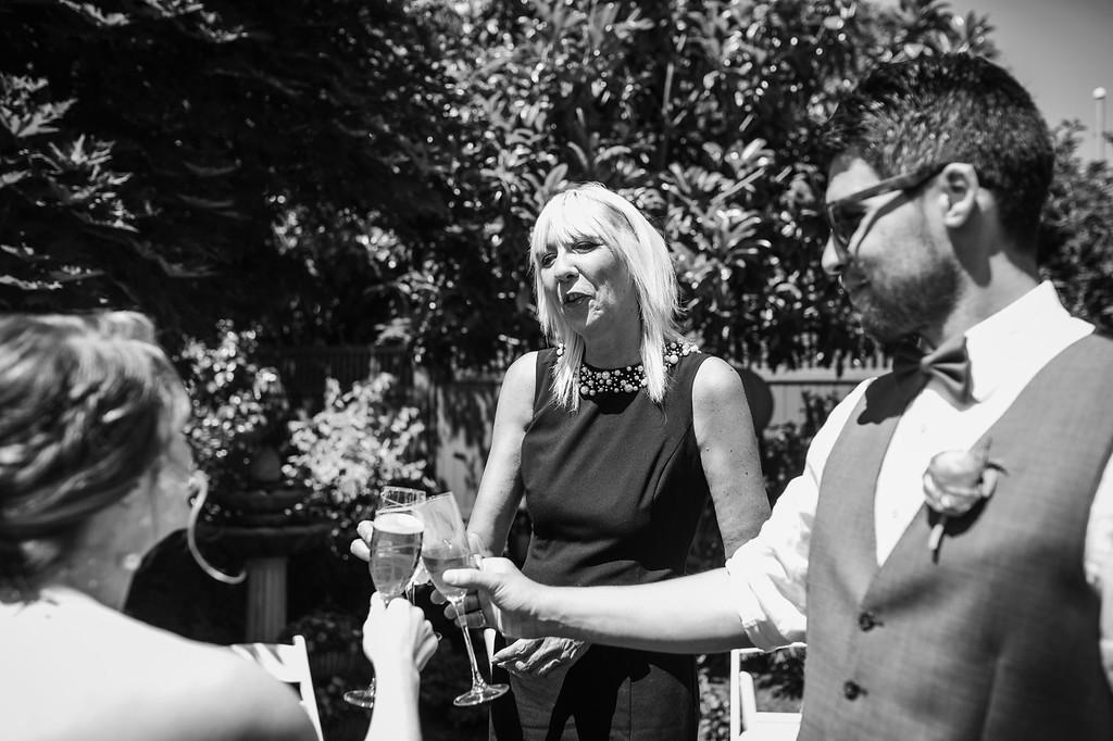 216-m-k-the-guild-victoria-bc-wedding-photographybw