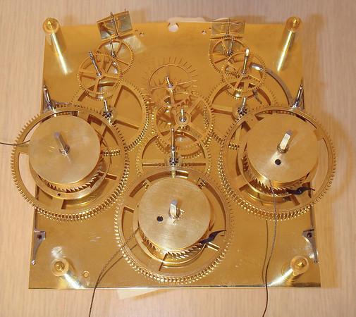 Gears between plates, seen from below