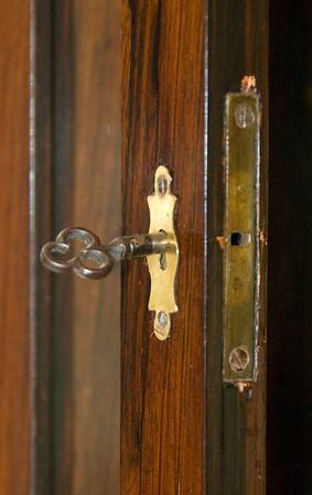 VR-363 Door lock
