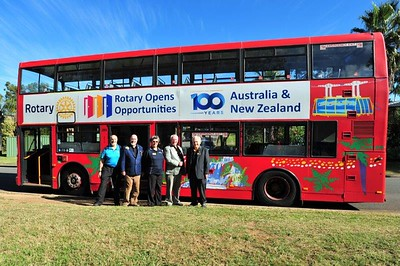 Nepean Rotary President Nick Marathakis, District Governor 9685 David Clark, Penrith Valley Rotary President Jean Vranich, District Governor Elect Lindsay May OAM, Penrith Rotary President Willy Piepers all ready to board the Big Red Bus Western News 11th June, 2021