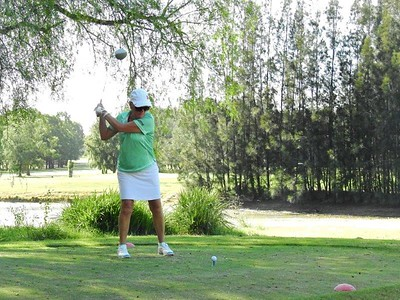 Pam Savage (Leonay GC) in action at Penrith GC in the first round of the 2019 WSRVGA Inter-Club Competition. Australian Senior Golfer 21st February, 2019