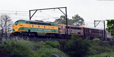 Vintage Diesel Locomotives 4201 and 4490 lead The Hydro Express through Emu Plains on 13th February, headed to Medlow Bath Nepean News 19th February, 2021