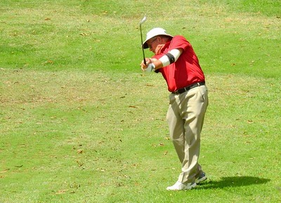 A male competitor  in action at the 35th Annual Blue Mts Week of Golf Australian Senior Golfer Magazine 7th March, 2018