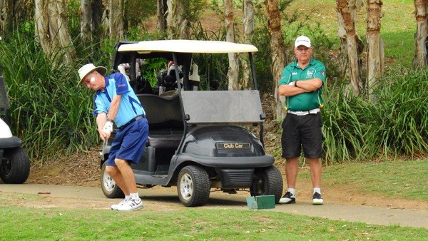Garry Smith (Leonay GC) in action at the WSRVGA Inter-Club event at Glenmore Heritage Valley GC in November, watched by Peter McFarlane. Australian Senior Golfer 20th November, 2018
