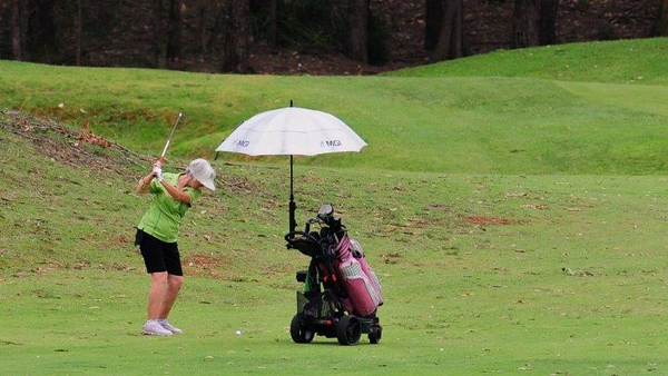 Leonie Manczac (Richmond GC) in action at the WSRVGA Inter-Club event at Glenmore Heritage Valley GC in November. Australian Senior Golfer 20th November, 2018
