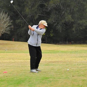 Elaine Lovatt (Glenmore) in action at the WSRVGA Inter-Club event at Wallacia GC on August 31. Nepean News 13th September, 2018