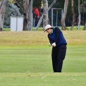 Caroline Lozier (Richmond GC) in action during the WSRVGA Inter-Club event at Dunheved Golf Course. Hawkesbury Gazette 27th June, 2018