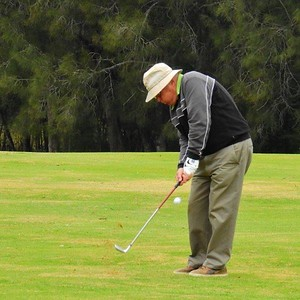 Rod King (Richmond GC) in action at the WSRVGA Inter-Club event at Wallacia GC on August 31. Hawkesbury Gazette 5th September, 2018