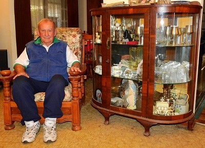 'Legend of the Nepean' - champion golfer Ray Dukes Nepean News 24th May, 2018
